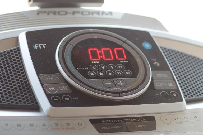 Proform 995i treadmill control console
