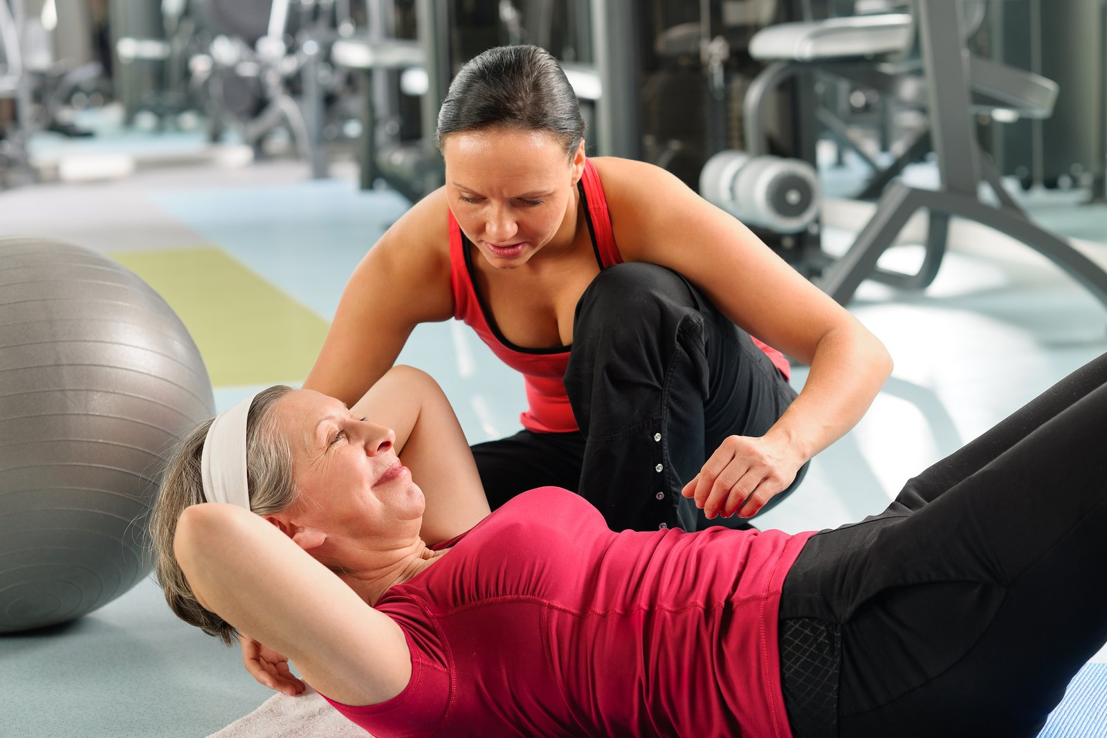 Exercise with personal trainer / Image credit: besttrainer.co.uk