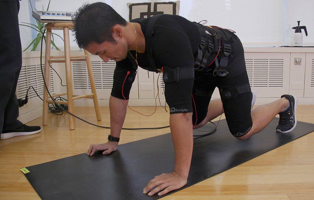 Electronic muscle stimulation provides an intense and high-energy workout. Image source: Ebenezer Samuel / Men's Health