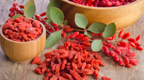 Goji berries / Image source: blog.nekterjuicebar.com