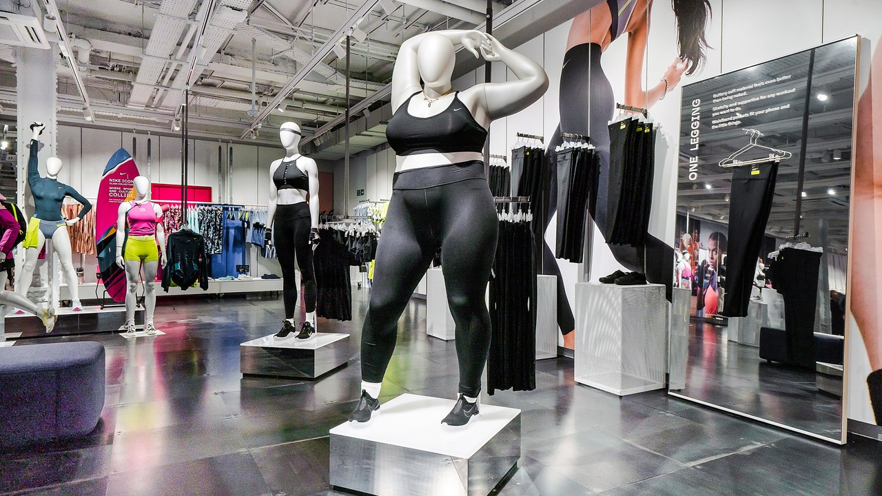 Nike plus-size mannequins on display in London / Image source: allure.com