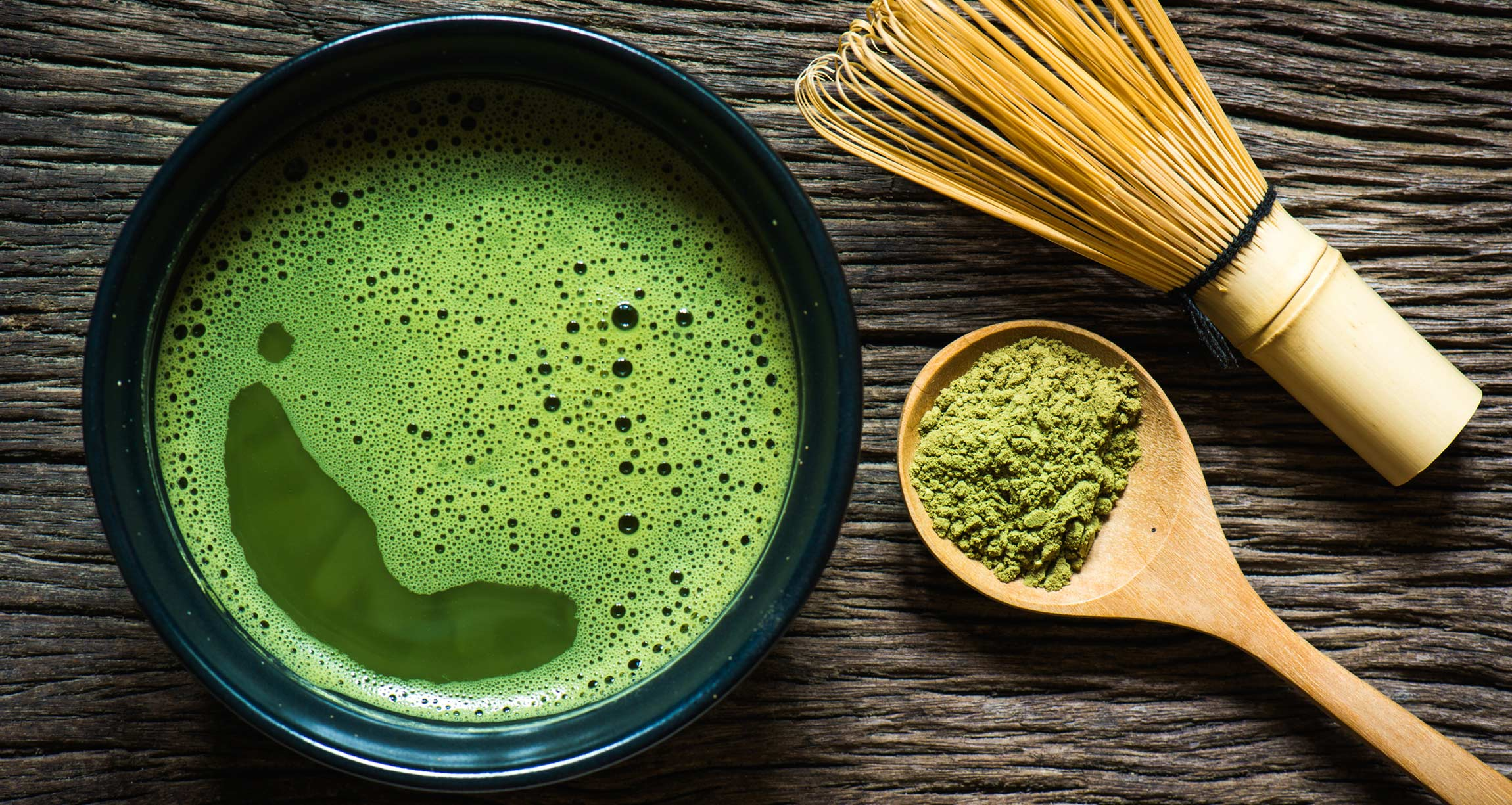 Matcha tea with spoon and whisk / image source: Oregon Sports News